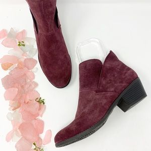 Me Too Suede Leather Burgundy Ankle Booties Sz 10